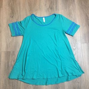 LuLaRoe Turquoise Perfect T Top